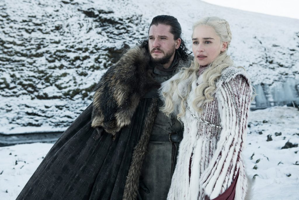 Emilia Clarke und Kit Harington in Game of Thrones